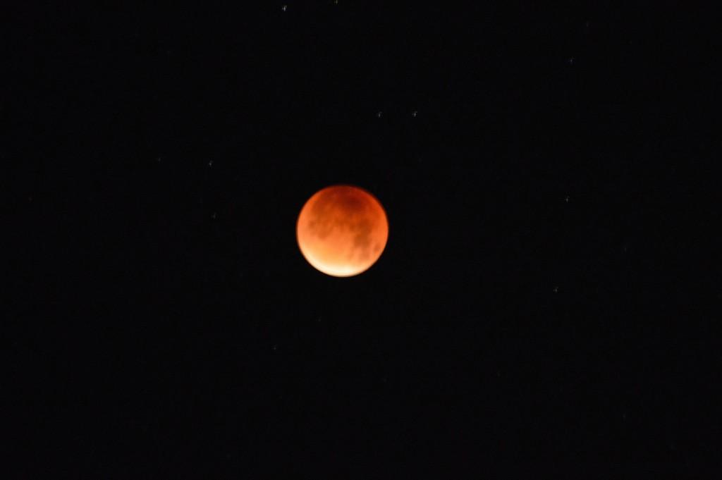 6 Blodmåne röd måne KH Hilda