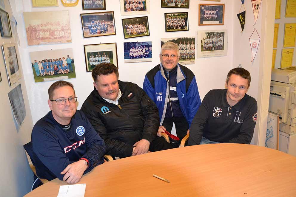 Christian Melin, Peter Johansson, Rikard Haegerstam och Fredrik Pettersosn utgör fyra femtedelar av styrelsen för Vaggeryds Idrottsplats.